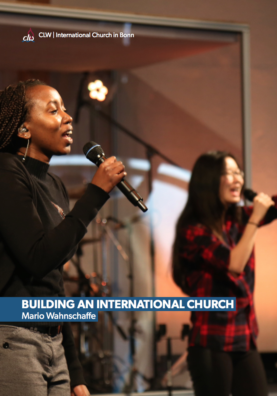 """Building an International Church"" von Mario Wahnschaffe"